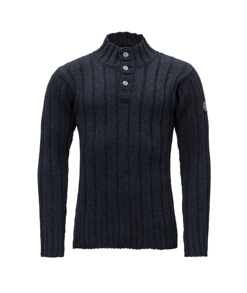 Amundsen Button Neck